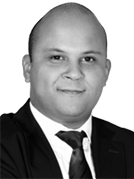 Hamza Hassouna,Associate - Consulting